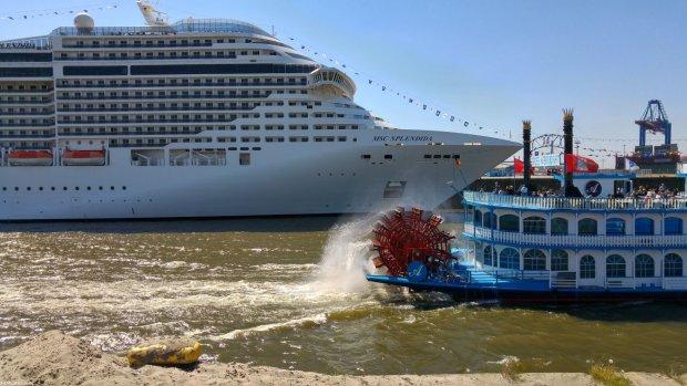 MSC Splendida in Hamburg